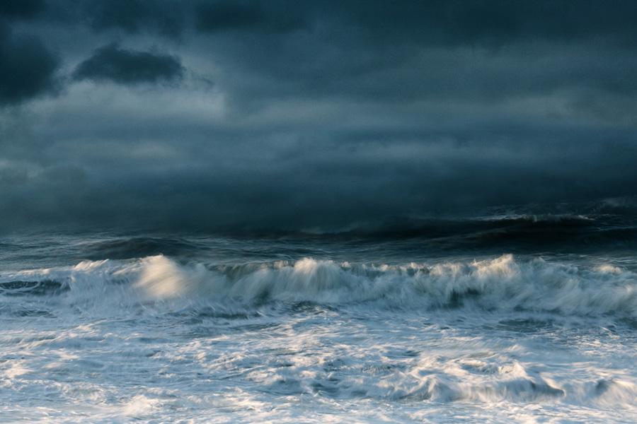 Sunlit wave